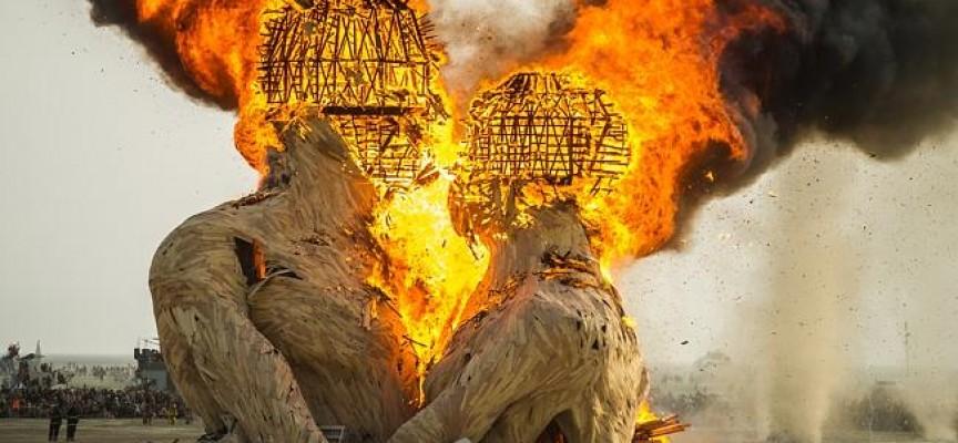 Burning-Man-Festival-864x400_c